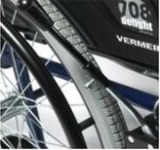 Brake extenders for wheelchair B40