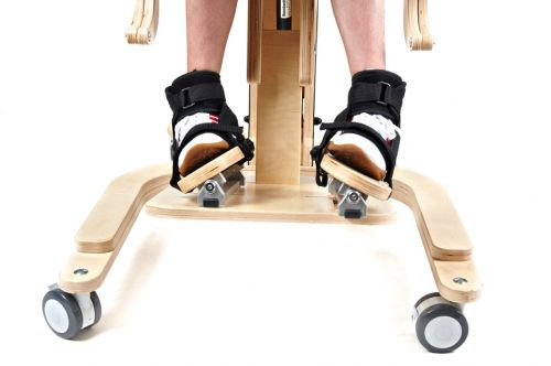 3D foot adjustment for standing frame