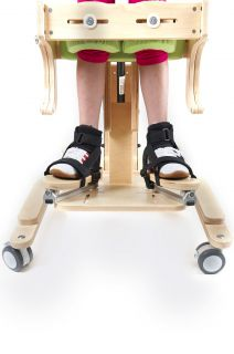 "3D foot adjustment for standing frame ""Cat"""