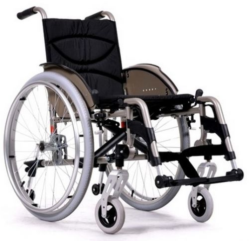 Ultralight manual wheelchair Vermeiren V200GO