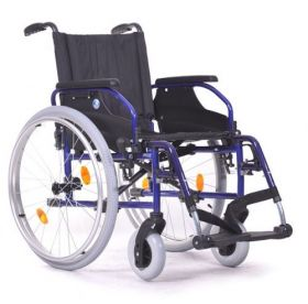 Aluminium lightweight wheelchair Vermeiren D200